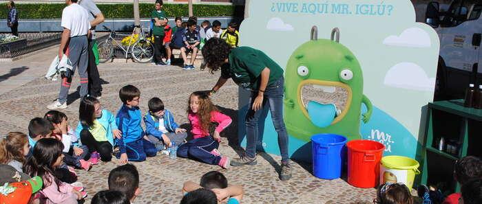 """Crespo destaca que """"hay que enseñar para reciclar cada vez más y mejor"""""""