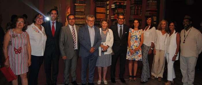 El Gobierno regional anima a visitar el espacio Quixote Box, que reúne en Pedro Muñoz 845 libros y objetos relacionados con el Quijote y Cervantes