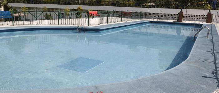 Buen arranque de temporada de la piscina de verano de Guadalajara, que este año ha abierto con diversas mejoras