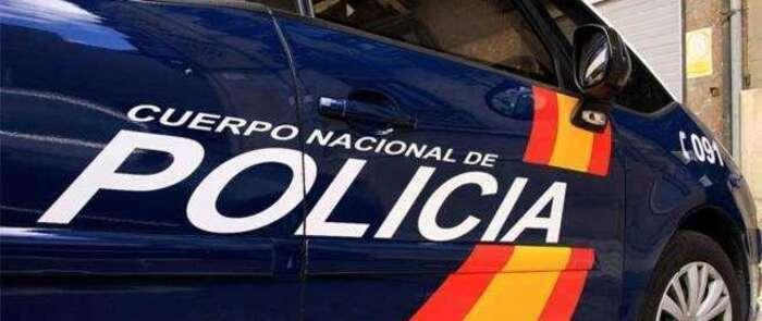 La Policía Nacional detiene a una estafadora que puso a nombre de su vecina los contratos de luz y gas