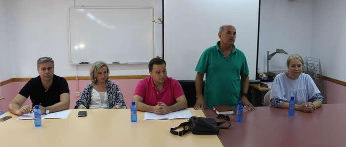 """El alcalde asegura que la FAVA realiza un """"importante"""" papel de reivindicación de las necesidades de los vecinos de Albacete"""