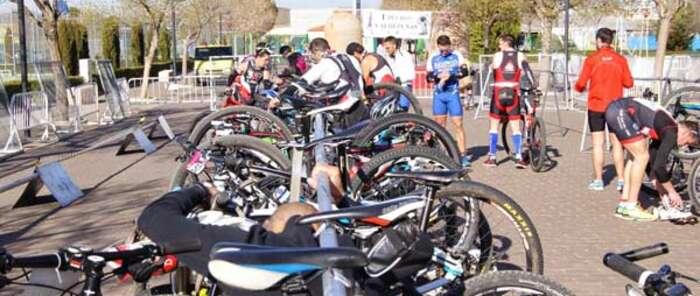 El II Triatlón Cross 'Ciudad de Valdepeñas', único en modalidad olímpica de Castilla-La Mancha