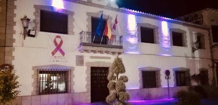 Buena acogida a la Semana contra el Cáncer de Mama en Miguel Esteban