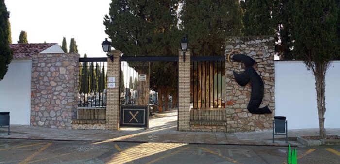 El Ayuntamiento de Quintanar de la Orden adopta medidas especiales para las visitas al Cementerio en la Festividad de Todos los Santos