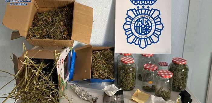 La Policía Nacional y la Policía Local de Alcázar de San Juan desalojan una fiesta en un local en el que también se traficaba con estupefacientes