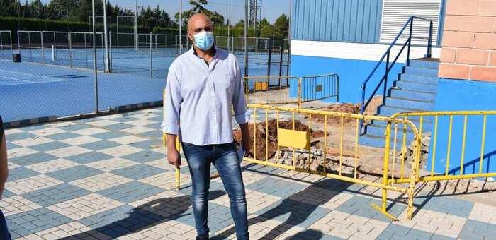 El Concejal de Deportes de Villarobledo agradece la labor de mantenimiento de los pabellones deportivos
