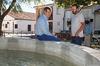 imagen de El alcalde, Antonio Román, presenta en Usanos el proyecto de renovación de la red de abastecimiento de agua en la pedanía