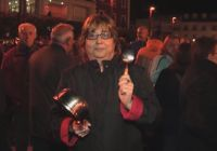 imagen de Cacerolada de los vecinos de Alcázar contra la privatización del servicio de agua horas antes de un crucial pleno